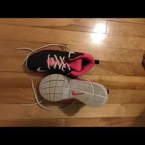 Girls size 2 basketball sneakers